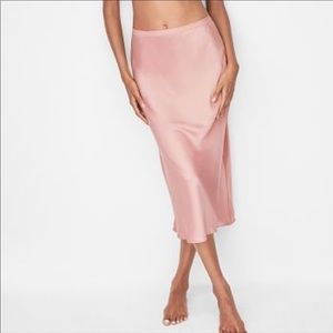 Victoria's Secret Skirt Slip - NWT